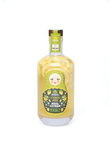 LA PETITE MATRIOCHKA - BOISSON SPIRITUEUSE à base de 50 cL de vodka à 40% vol. + 100 g de MIEL ET DE CITRON BT PACHO - QUAI SUD